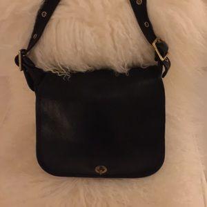 Vintage Authentic Coach Black Leather Shoulderbag